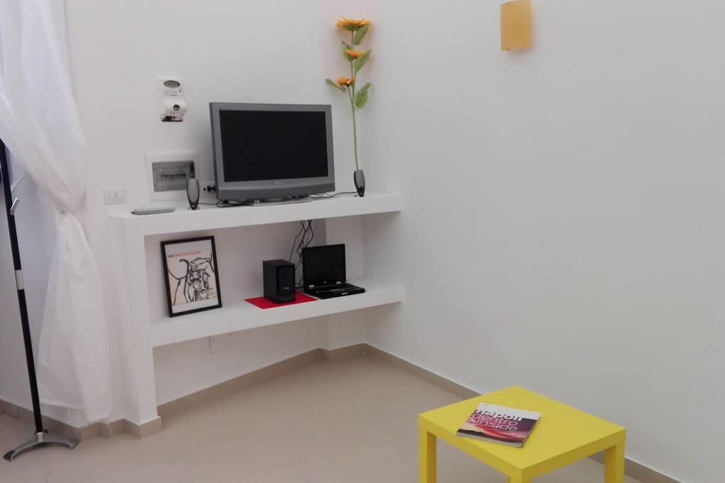 tv,impianto audio e pc