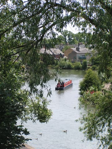 Riverside Oxford!