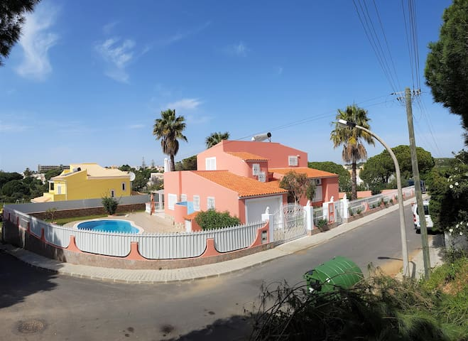 beauty 5b Villa w/pool in Olhos Agu