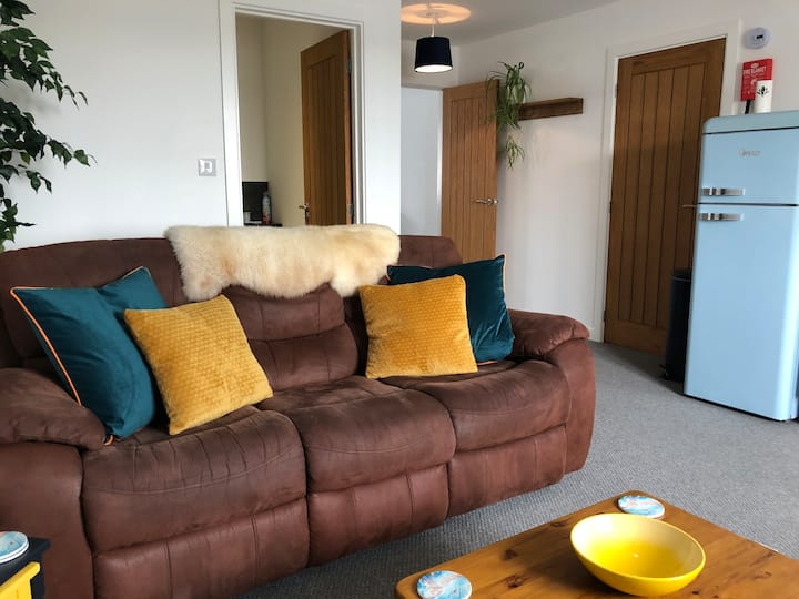 THE WHEELHOUSE - 1 bed apartment (central Newquay)