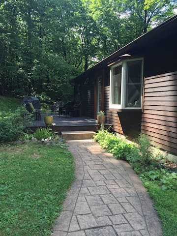 Catskill Mountain Getaway - West Shokan