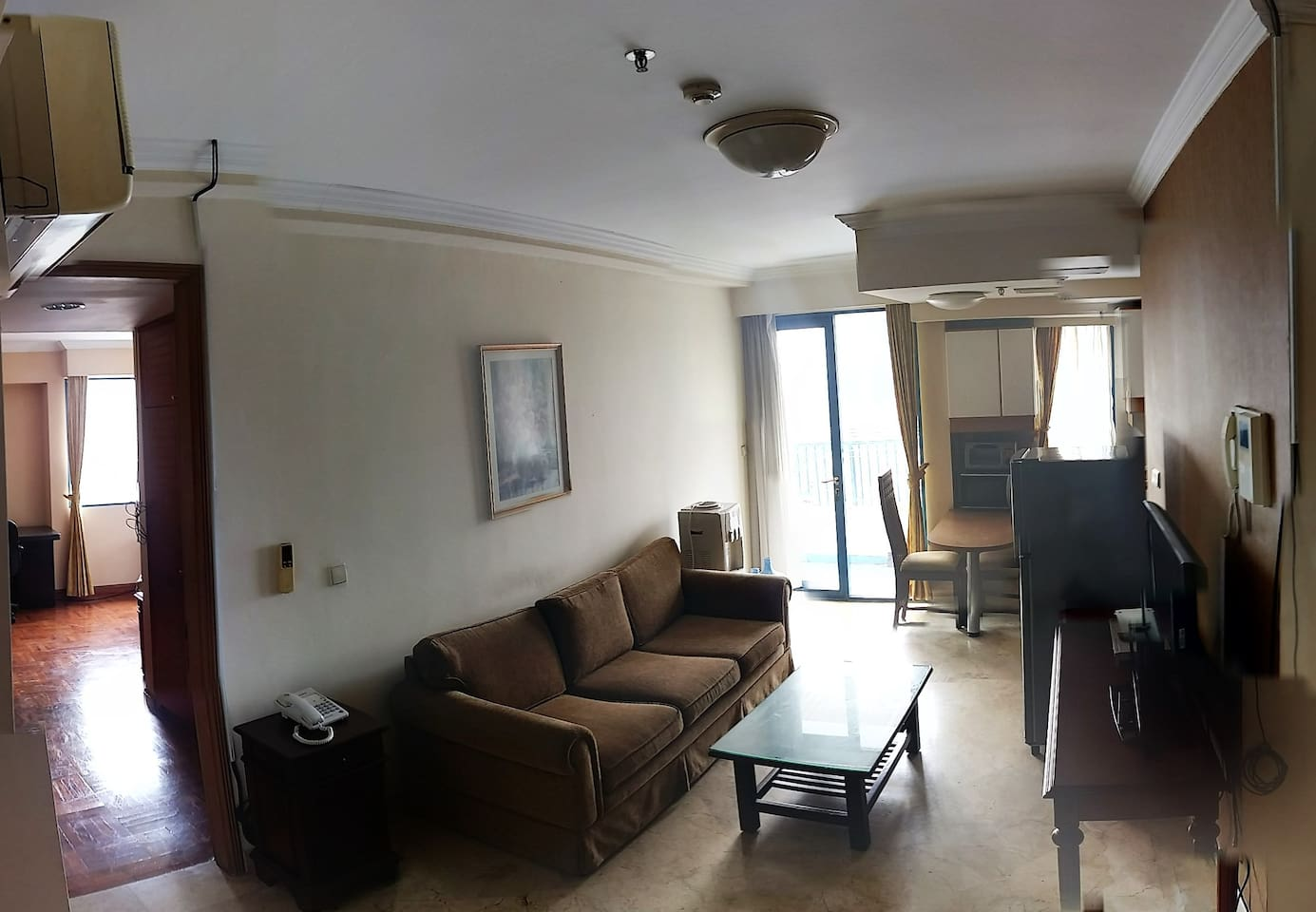 A lovely Apartment for Couples or single people that are visiting Jakarta. Near the Heart of Jakarta