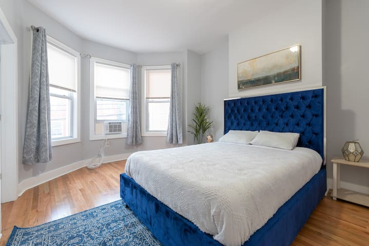 Fantastic 4 Bed 1 Bath | 20 Min Manhattan