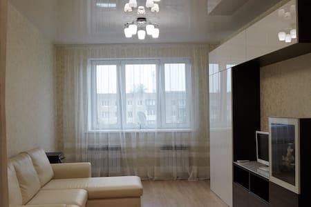 Шикарная квартира с бесплатным трансфером! - Krasnodar - Apartament