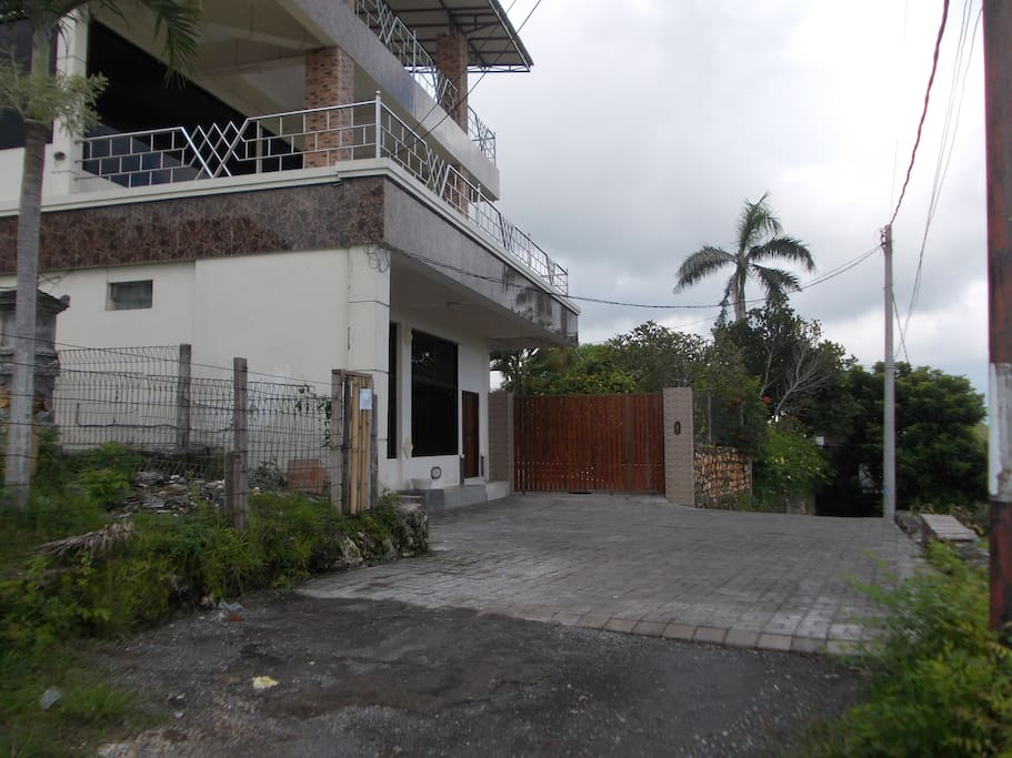 2 unit ground apartment villa with best wide view ocean
