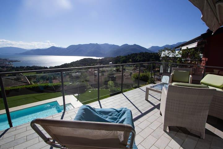 Apartement mit Terasse, Lago Maggiore Luino