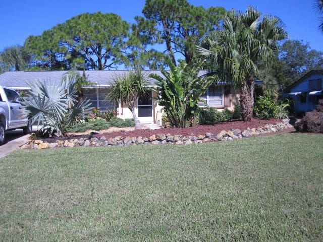 Outstanding 2 Bed Rm. 1 Bath on Saltwater Canal