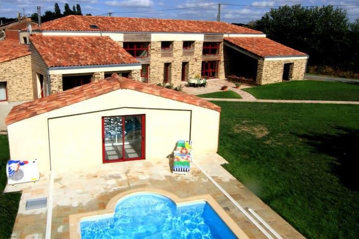 """chambre """"Lagon"""" à 35 mn Puy du Fou - Geste"""