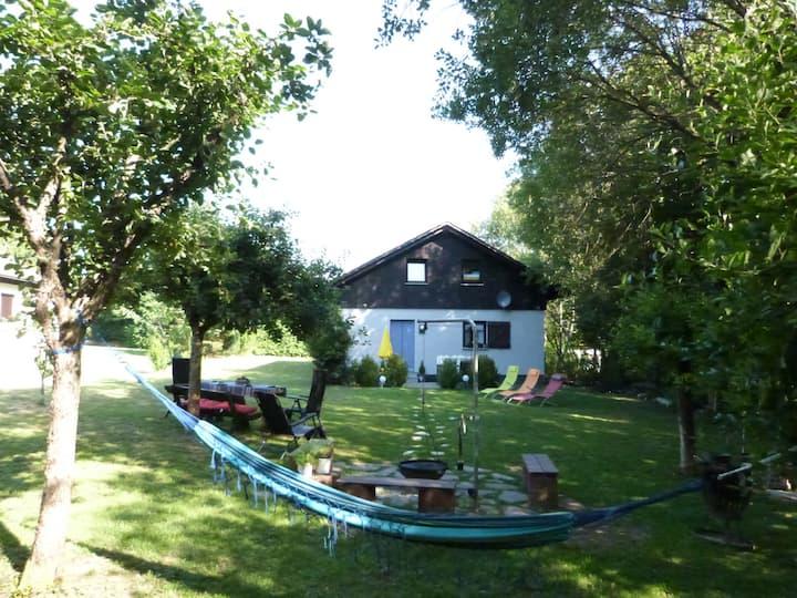 4* Ferienhaus, Terrasse, Garten, Grillplatz, Kamin