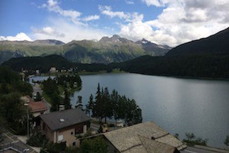 Super central with great lake views - St. Moritz - Apartment
