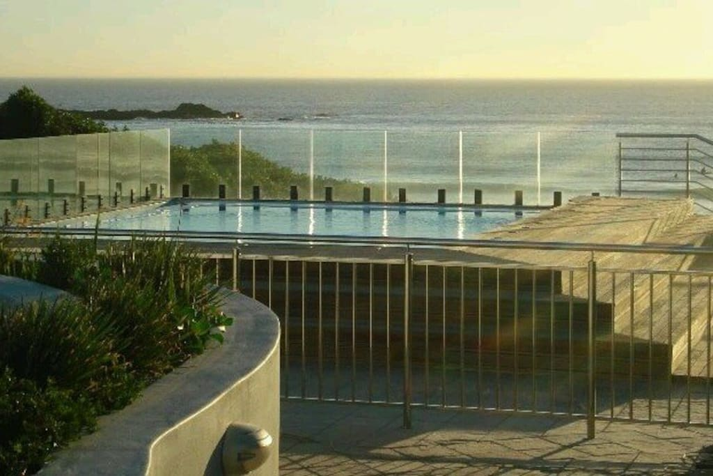Luxury pool. Perfect rinse off after a kite or  surf right in front.