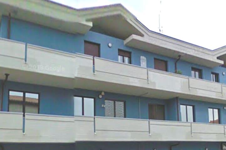 Al Palazzo Azzurro-Appartamento Lago MAGGIORE- MXP