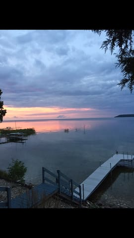 Door County Lakefront  Cottage