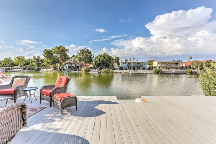 Lakefront Tempe House w/Sun Deck, Hot Tub & Boats!