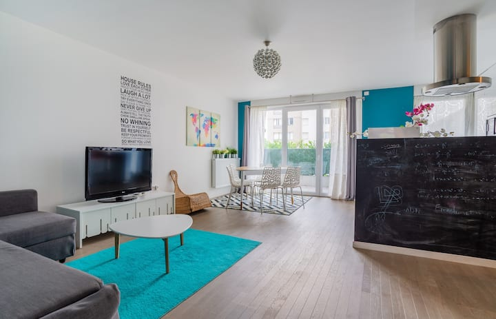 Large 2br with parking and terrace in Nanterre, nearby La Défense - Welkeys
