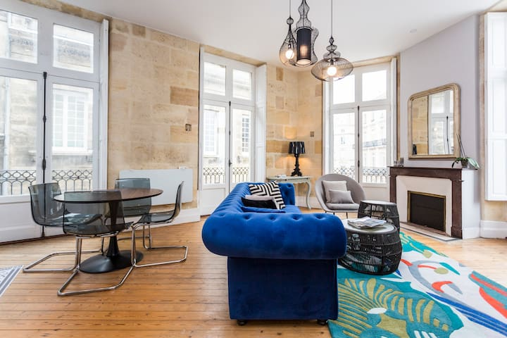 Comfy, CHIC  50m2 , with incredible view.