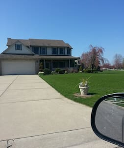 Lake Erie House Room for Relocating Professionals - Frenchtown Charter Township - Leilighet