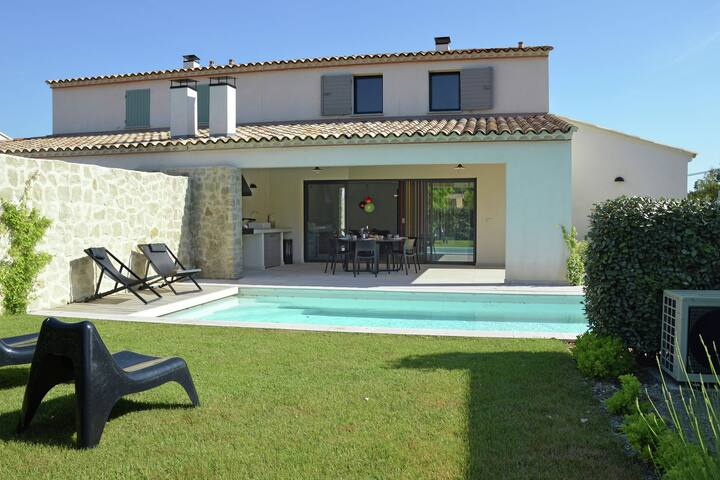Modern Villa in Malaucène France With Private Swimming Pool