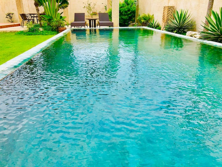Private House YOSHINO プール・露天風呂付き一棟貸しのコンドミニアムです。