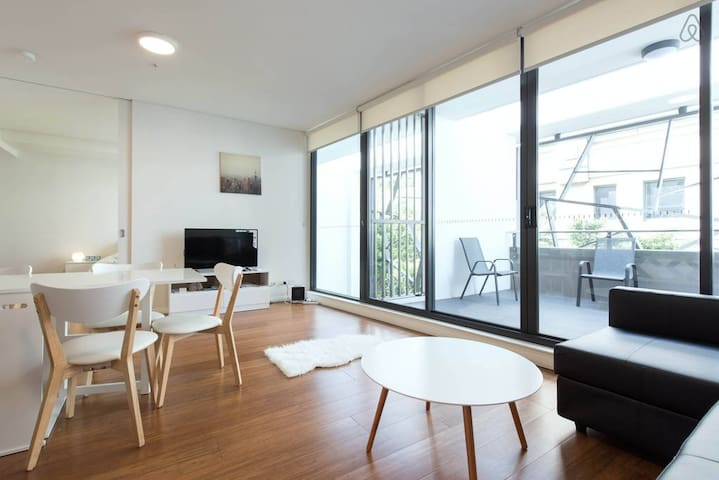 CBD Apartment in Perfect Location - Haymarket - Wohnung