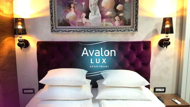 Avalon Lux apartment