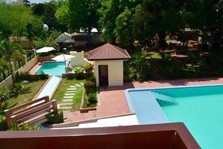 Royal Class Resort