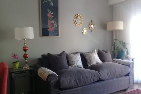 Bright and comfortable 2 room apartment
