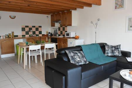 Appartement  spacieux proche d'Aix en provence - Velaux