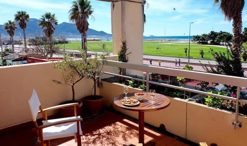 T2 + terrasse FRONT DE MER / PLAGES - Marseille - Apartemen