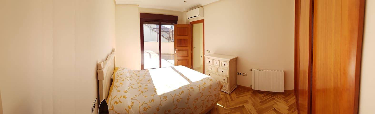 Un amplio hogar de lujo para disfrutar. - Badajoz - Maison