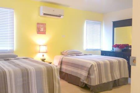 Alupang Residence -#112 - Tamuning - Apartamento