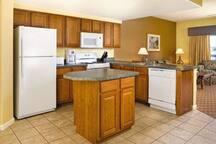 Pagosa 2 bedroom condo full kitchen