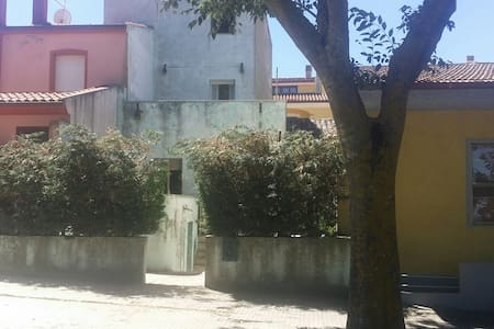 Small villa in Giave