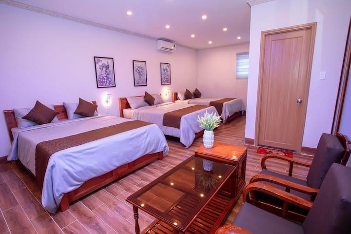 Phòng 3 giường lớn