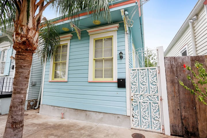 Fresh New Bywater 2br Pad- Upscale Everything!