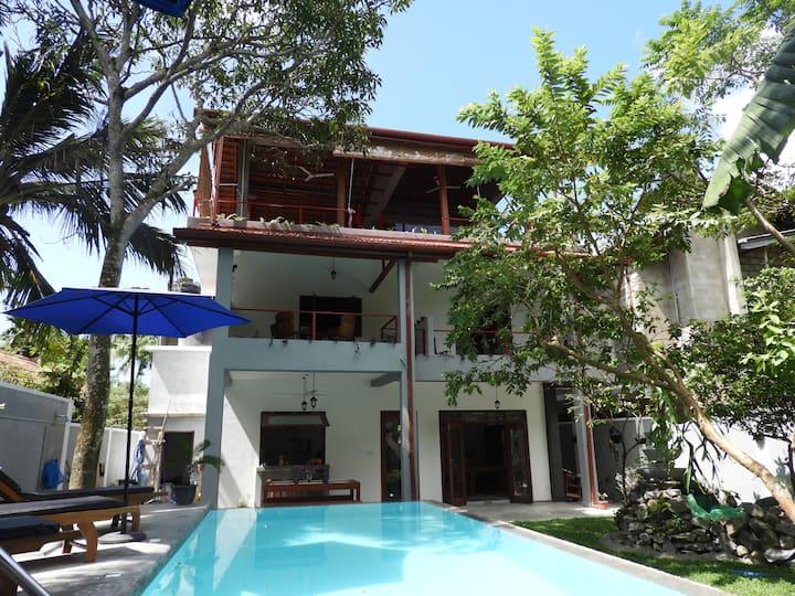 ME Yoga Villa -Private Deluxe Garden View Room