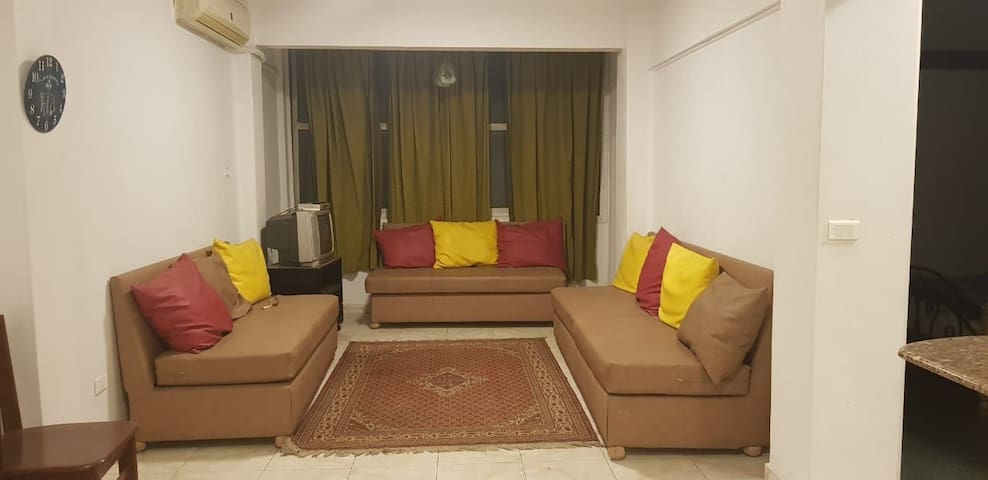 nice 3 bedrooms apartment with 2 bathroom in Dokki