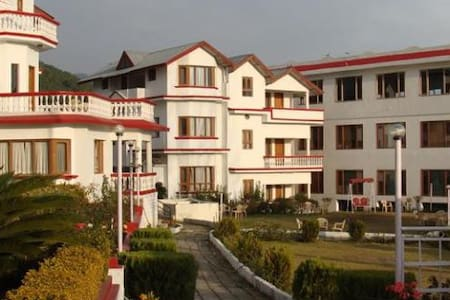 The Coy's Double Bedroom Apartment - Palampur - Byt