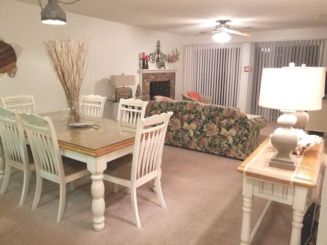 Open concept has great flow. Full 6 seat dining table for dinner, games or both!