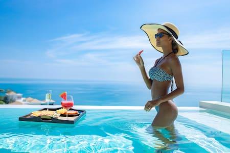 VILLA MOANA | Sea Views-Pool-Privacy & Service