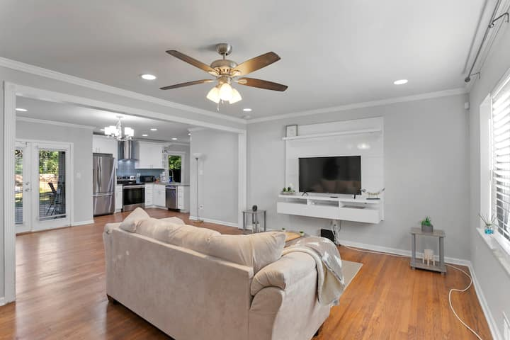 UNBELIEVABLY PRICED GETAWAY FOR FAMILY - DECATUR