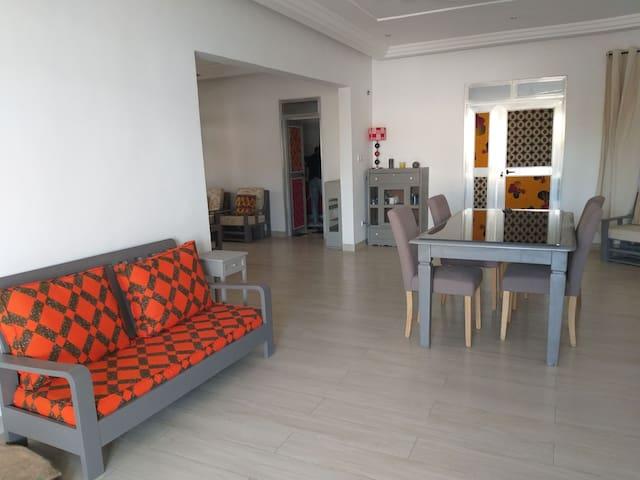 Grand appart neuf et spacieux à Lomé