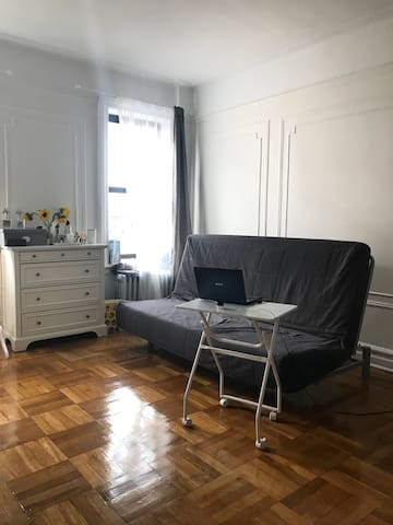 White Cozy Studio Apartment in Brooklyn