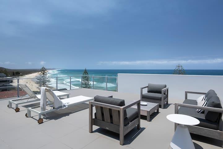 Thalassa Beachfront Penthouse Coolum beach views