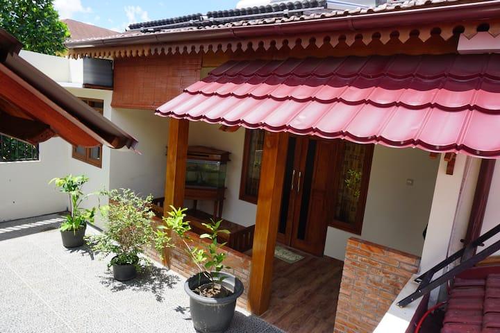 Jogja Classic Homestay - Pendopo Studio