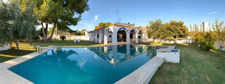 Acogedor Chalet con piscina en la Sierra Calderona