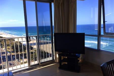 Enjoy the million dollar ocean view - 冲浪者的天堂 - 公寓