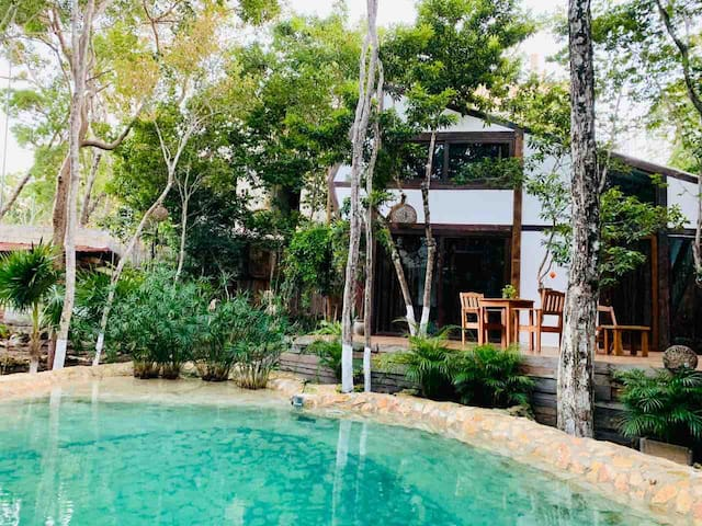 Zapote Lodge at Nahouse in Tulum