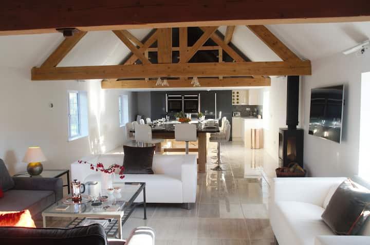 Lower Tundridge Cottage