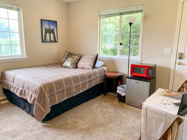The Nook | Totally Private Entry & Bathroom for 2